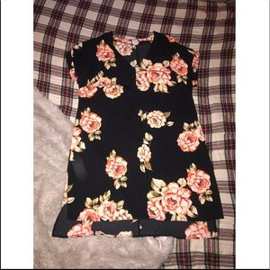 V-neck flowerprint dress